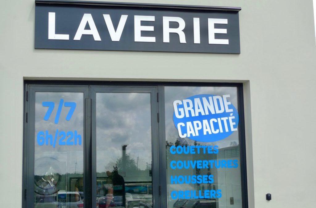 Visite guidée de la laverie automatique de Champdeniers